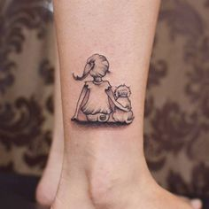 Creative Animal Tattoos - Meanings of Popular Tattoo Designs of Animals Palm Tattoos, Mini Tattoos, Dog Tattoos, Animal Tattoos, Body Art Tattoos, Tattoo For Dog, Tatoos, Sexy Tattoos, Beagle Tattoo