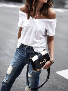 130 Inspiring Simple Casual Street Style Outfit that Must You Copy Casual Street Style, Looks Street Style, Style Casual, My Style, Denim Style, Smart Casual, Casual T Shirts, Casual Tops, White Casual