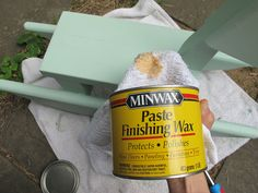 Image from http://blog.sndimg.com/diy/maderemade/Emily-Fazio/33_Chalk_Paint_DIY_refinish_furniture/diy_chalk_paint_8.jpg.