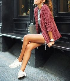 Blazer, shorts, white sneakers. Women, fashion, style, clothing, apparel. Street outfit.