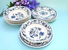 """Mixed lot of 10 pieces of blue and white china. There are five 5-5/8"""" Royal China USA fruit bowls in the Doorn/Blue Onion pattern and five 6¼"""" B&Bs by Johnson Brothers. $30/set from BlueHeronBungalow on etsy."""
