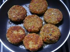 hamburguesas vegetarianas de avena Go Veggie, Veggie Recipes, Gourmet Recipes, Vegetarian Recipes, Healthy Recipes, Delicious Recipes, Salade Healthy, Vegan Sauces, Vegan Life