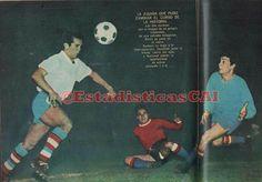 CD Nacional 0 Independiente 0 in Aug 1964 in Montevideo. Action from the Estadio Centenario in the Final of Copa Libertadores, 1st Leg.