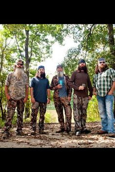 The crew of Duck Dynasty Willie Robertson, Robertson Family, Duck Dynasty Cast, Favorite Tv Shows, My Favorite Things, Duck Calls, Quack Quack, Duck Commander, Duck Hunting