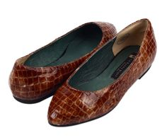 Luxurious Brown Leather Flats.