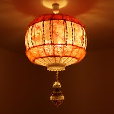 Easy to follow DIY tutorial about how to make your own Bohemian style lampshade.
