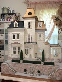 My First Dollhouse - Beacon Hill - The Greenleaf Miniature Community - a lot of ideas