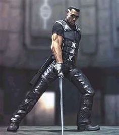 Wesley Snipes in Blade. I guess he's a vampil or vampirie, half human bloodsucker. Black Comics, Dc Comics, Marvel Heroes, Marvel Dc, Gi Joe, Eric Brooks, Blade Movie, Blade Marvel, Day Walker