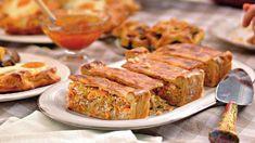 Новогодний стол, рецепты: пироги с мясом, пироги с рыбой, пироги с грибами, пироги с капустой, пирог с курицей, пирог с рисом, новогоднее меню 2009
