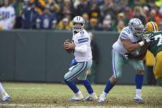 Cowboys Players, Tony Romo, Salma Hayek, Green Bay, Dallas Cowboys, Nfc Playoffs, Football Helmets, Stock Photos, Packers