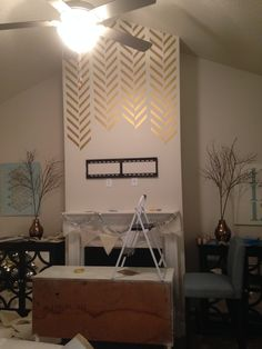 Vinyl Wall Design- Love this- could do inside cabinets or on ugly appliances (fridge?) with washi tape.