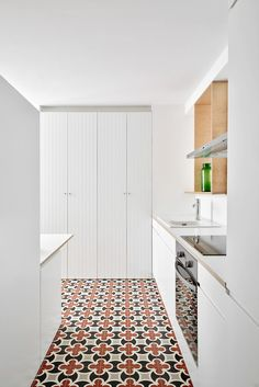 Pannecau Apartment Renovation in Bayonne, France by Concheiro de Montard | http://www.yellowtrace.com.au/concheiro-de-montard-pannecau-apartment-renovation/