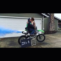 But with a truck or car . Dirt bike gender reveal using blue chalk. Baby Shower Gender Reveal, Baby Gender, Baby Boy Shower, Baby Showers, Motocross Baby, Gender Announcements, Baby Bike, Gender Party, Baby On The Way