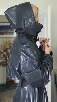Grey klepper raincoat