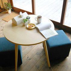 ラウンド丸形ダイニングテーブル・スツール2個ダイニングセット(3点セット) Interior Design, Table, Furniture, Home Decor, Products, Nest Design, Decoration Home, Home Interior Design, Room Decor