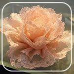 Missie Krissie: Tutorial: how to make vintage lace flowers. Missie Krissie: Tutorial: how to make vintage lace flowers. Ribbon Crafts, Flower Crafts, Fabric Crafts, Sewing Crafts, Diy Crafts, Fabric Glue, Handmade Flowers, Diy Flowers, Pretty Flowers
