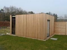 heel mooi tuinhuis met thermowood (maar niet in planchetten). Meer info over bouwwijze in de link