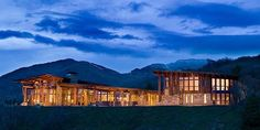Magnificent mountain retreat with panoramic views in Telluride
