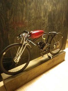 Very stylish, small bike. Love it!