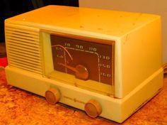16 GE model 415 five tube radio by VINTAGERADIOSONLINE on Etsy