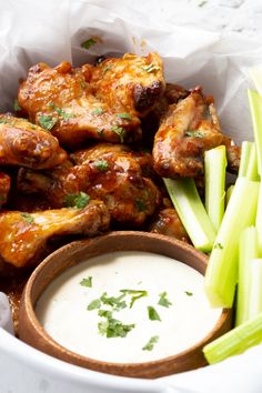 Nutritious Snack Tips For Equally Young Ones And Adults A Baket Full Of Air Fryer Wings, Crispy, Delicious And Easy. These Wings Are A Perfect Quick And Easy Winner On Game Day Cooking Chicken Wings, Baked Chicken Wings, Chicken Wing Recipes, Air Fryer Wings, Air Fryer Chicken Wings, Crispy Oven Baked Chicken, Air Fryer Recipes Easy, Healthy Recipes, Keto Recipes