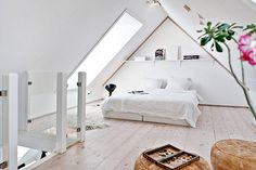 4 Flattering Tips AND Tricks: Attic Lighting Dormer Windows finished attic ideas.Attic Before And After Knee Walls finished attic floor. Attic Playroom, Attic Rooms, Attic Spaces, Attic Bathroom, Extra Bedroom, Cozy Bedroom, Modern Bedroom, Bedroom Ideas, White Bedroom