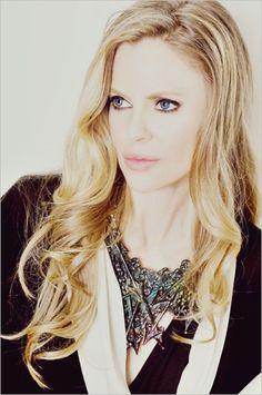 Kristen Bauer Van Straten   True Blood