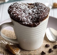 This Chocolate Caramel Mug Cake is moist and delicious and perfectly fudgy! It's the ideal quick and easy dessert! Food Cakes, Cupcake Cakes, Cupcakes, Mug Recipes, Cake Recipes, Dessert Recipes, Easy Desserts, Delicious Desserts, Yummy Food