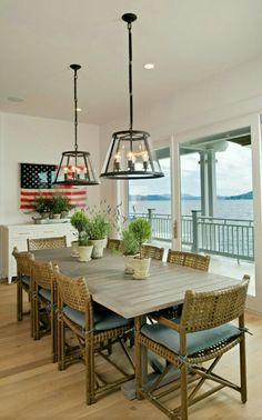 Dining room by the water