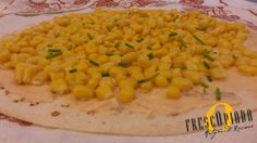 La piadina mimosa, auguri a tutte le donne!  International Women's Day #food #party #piadina #with #pinksauce #corn #and #chives #italy  http://www.frescopiada.com