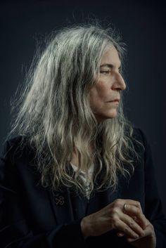Patti- singer, poet, genius.