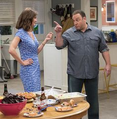 Kevin James says his King of Queens co-stars Leah Remini and Jerry Stiller won't appear Kevin Can wait, his new TV show comedy on CBS sitcom, too soon. Fall Tv Shows, New Shows, Ryan Cartwright, Erinn Hayes, Kevin James, Thunderbirds Are Go, King Of Queens, New Comedies