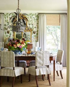 Diy Dining Table, Dining Chairs, Swedish Wallpaper, Beautiful Dining Rooms, White Walls, Cottage Style, Outdoor Spaces, Design Inspiration, House Design
