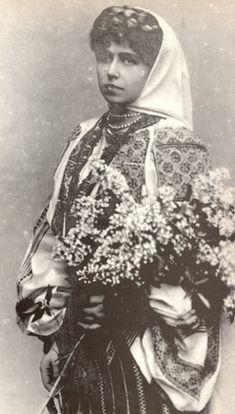 Queen Marie of Romania / Mamma Regina