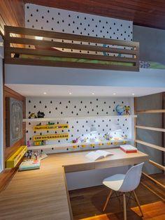 Przeglądaj zdjęcia:   Pokój dziecięcy zaprojektowane przez Carmen Calixto Arquitetura. Znajdź najlepsze pomysły i inspiracje dla Twojego domu.