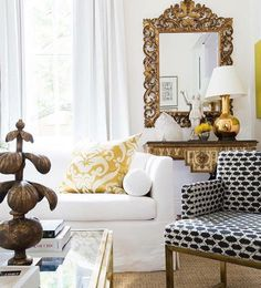 Very nice to see gold (in all its variations) making a come back in decor, it always looks so elegant.