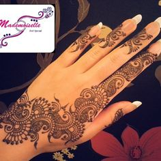 Photo taken by Professional Mehndi - INK361