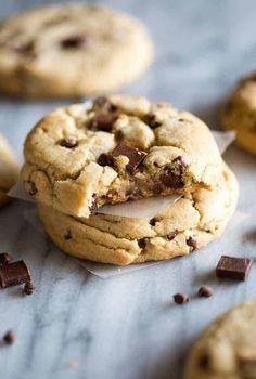 Jumbo Chocolate Chip Cookies Homemade Oreo Cookies, Perfect Chocolate Chip Cookies, Soft Sugar Cookies, Nutella Chocolate Chip Cookies, Drop Cookies, Cake Mix Cookies, Homemade Chocolate, Chocolate Morsels, Cookies