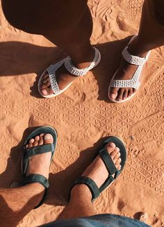 """""""One thing I loved about hiking in Teva sandals all weekend is how rooted and present you become — you literally feeling the earth under and in between your toes."""" (Evelynn Escobar-Thomas, Influencer)"""