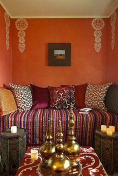 Moroccan Styled nook. Lovely wall decals. www.mycraftwork.com/