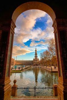 Seville, Spain! Study Abroad | #GlobalGators! Visit the #UFIC website for more information: ufic.ufl.edu/sas/