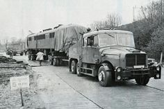 Old Lorries, Classic Trucks, The Good Old Days, Tractors, Transportation, Rigs, Vehicles, Photographs, British