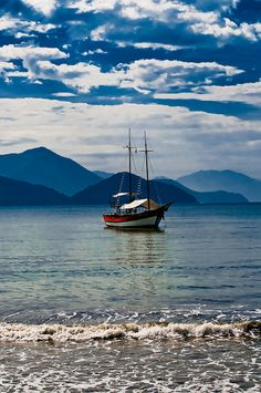 Sailing in Ubatuba, Sao Paolo Brazil by Environmental Artist, via Flickr