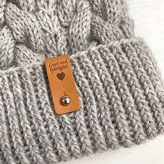 Ribbeluen - gratis oppskrift Knitted Hats, Knitting, Accessories, Fashion, Moda, Tricot, Fashion Styles, Breien, Stricken