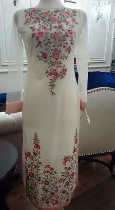Bridal lehenga pakistani fashion styles 65 ideas for 2019 Pakistani Outfits, Indian Outfits, Emo Outfits, Kurta Designs, Blouse Designs, Indian Designer Outfits, Designer Dresses, Casual Dresses, Fashion Dresses