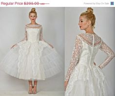 ON SALE Vintage 50s 60s white wedding floral by thekissingtree