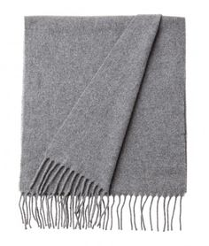 Massachusetts Wool Scarf. Grey. Soft lambs wool scarf with fringes. Lexington Clothing Company Fall Collection 2016, Women. www.lexingtoncompany.com