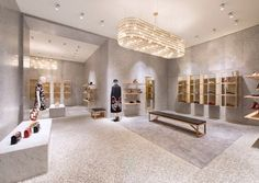 Design Innova: Valentino Store em New York Boutique Interior, Retail Interior Design, Retail Store Design, Boutique Design, Valentino Store, Store Interiors, Architect Design, Retail Space, Showroom