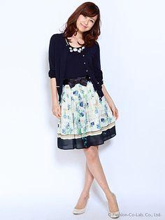 オフィスファッションはスカートが決め手!大人可愛いできる女子になろう!|
