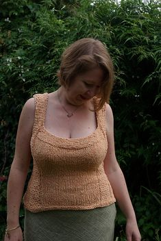 Ravelry: Montserrat pattern by Miranda Jollie in Rowan Summer Tweed - fitted to your bra size not your dress size! Different Shapes, Bra Sizes, Ravelry, Tweed, Crochet Top, Knitting Patterns, Eye Candy, Indie, Sweaters